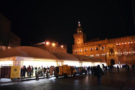 Piazza Maggiore y un festival del Chocolate por la cara :D