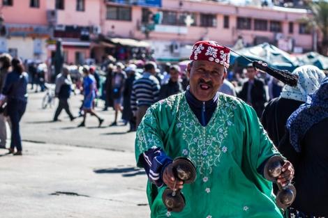 Simpático señor marroquí, en la Plaza Yaama el Fna, Marrakech
